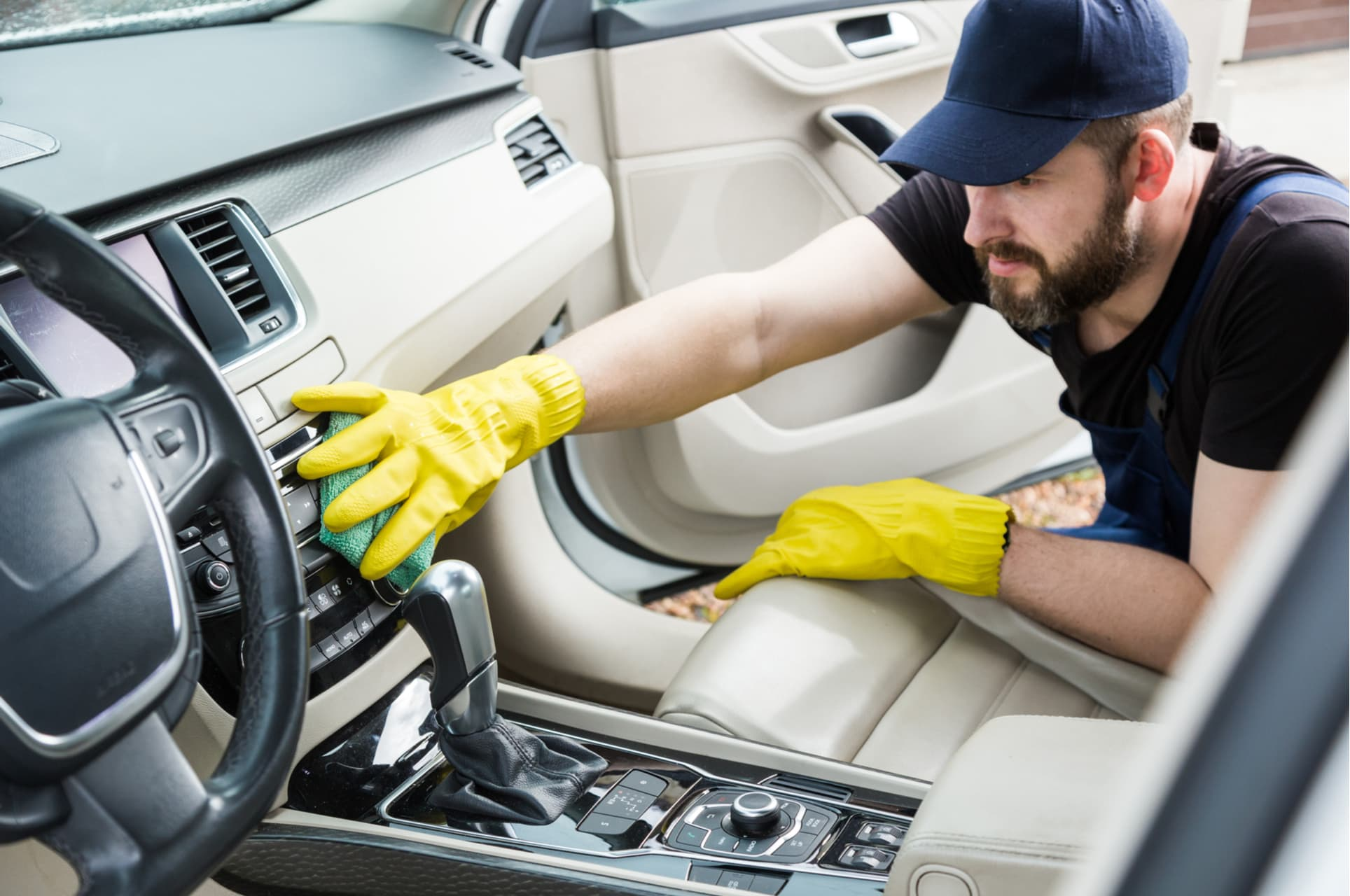 A Step-by-Step Guide On How To Clean Your Car