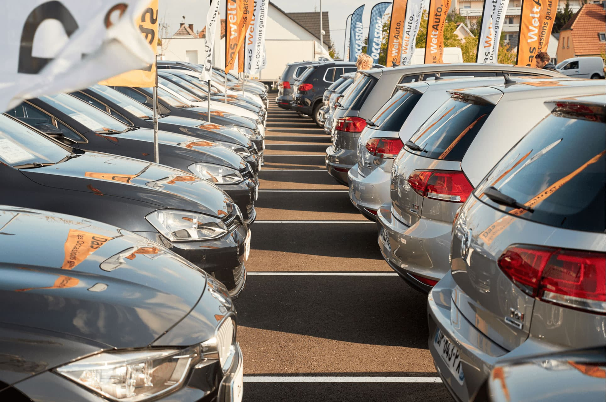 Top 6 Questions to Ask a Car Dealer Before You Make a Commitment